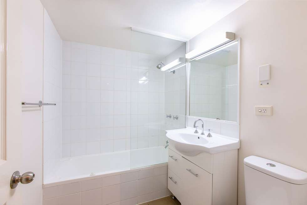 Second view of Homely apartment listing, 85 Deakin Street, Kangaroo Point QLD 4169