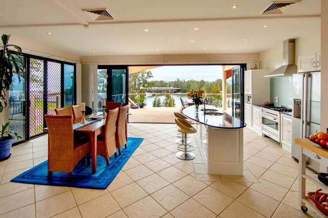 1 Figtree Lane, Fennell Bay NSW 2283