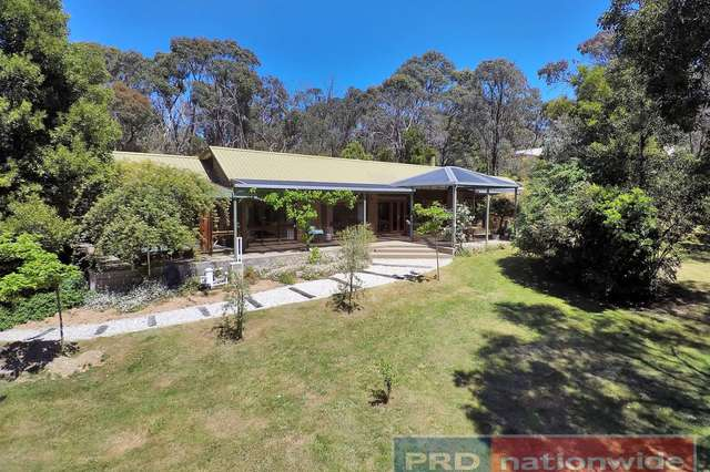 7 Boronia Road, Black Hill VIC 3350