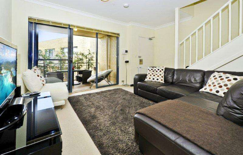 Main view of Homely apartment listing, 27/4-6 Cowper Street, Randwick, NSW 2031