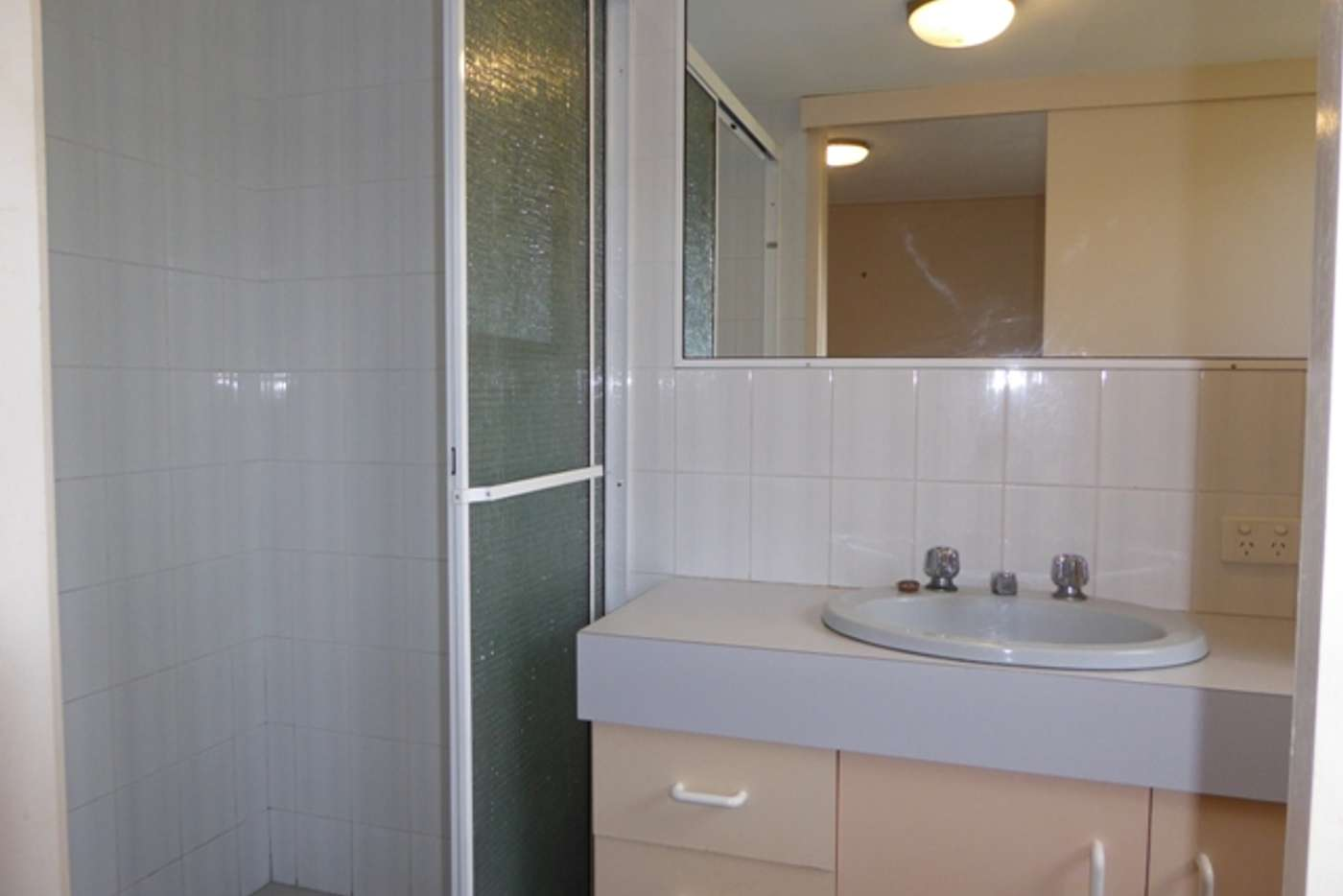 Seventh view of Homely unit listing, 4/32 Meron Street, Southport QLD 4215