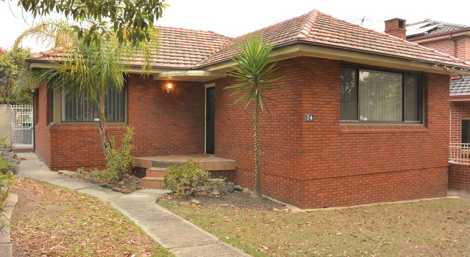 74 Brays Road, Concord NSW 2137