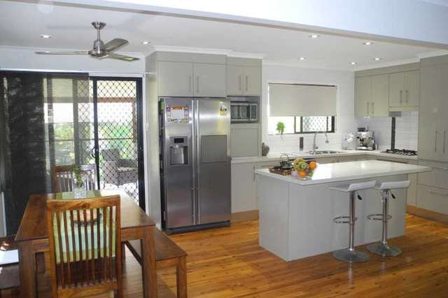 8 Andrew Court, Boyne Island QLD 4680