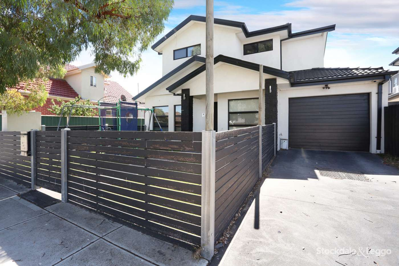 Main view of Homely townhouse listing, 1/260 Hilton Street, Glenroy VIC 3046