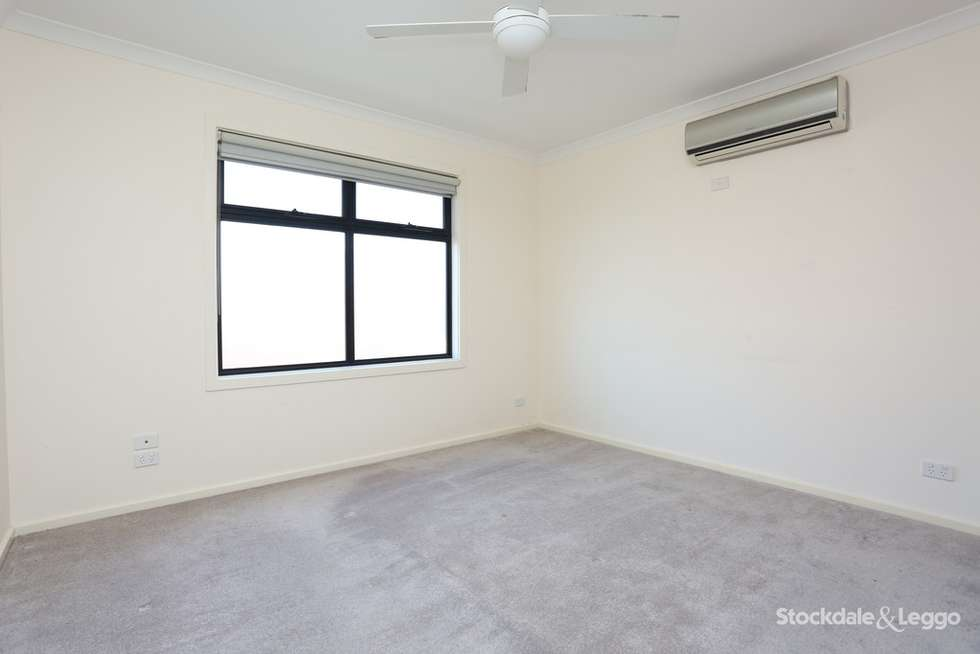 Fourth view of Homely townhouse listing, 1/260 Hilton Street, Glenroy VIC 3046