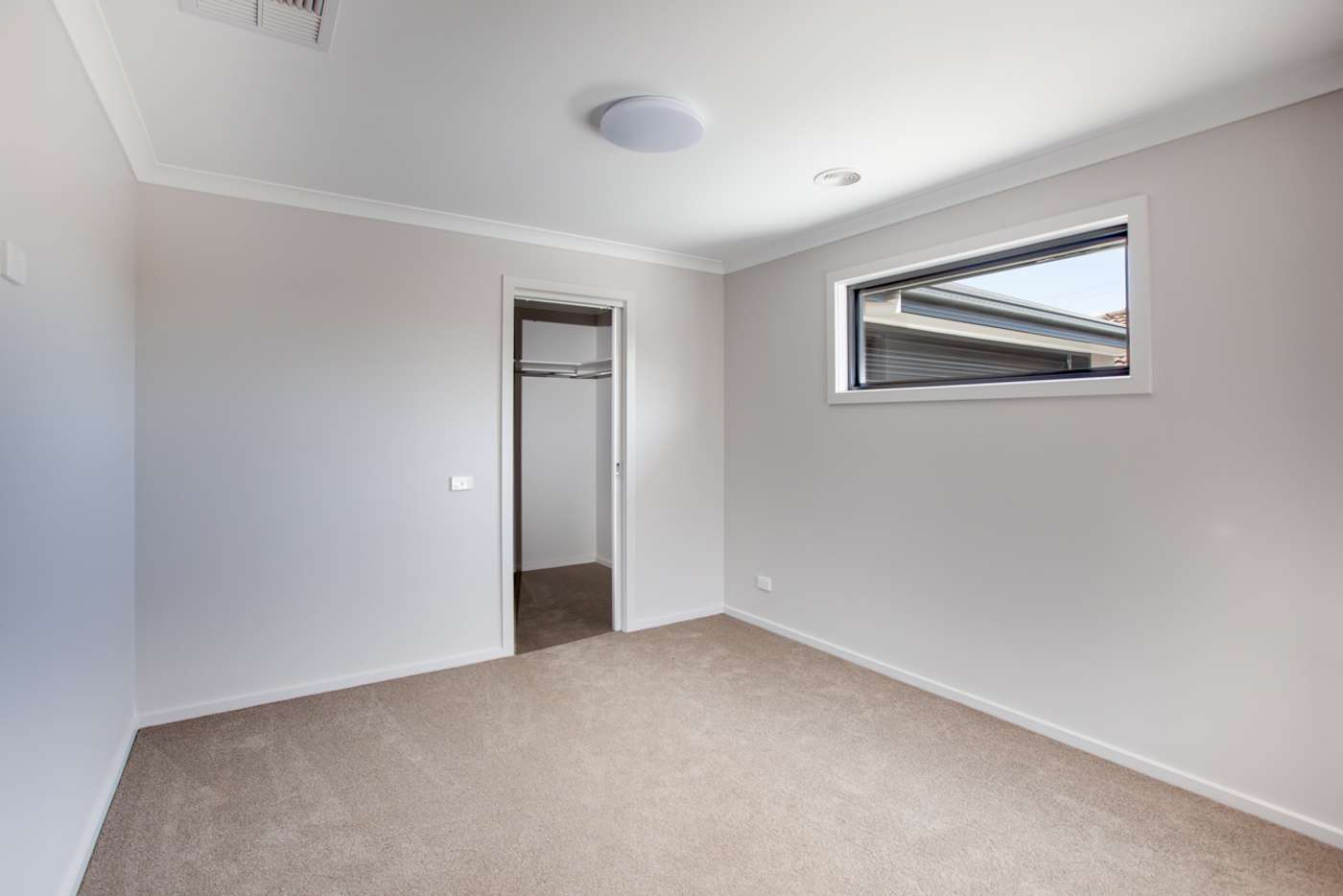 Sixth view of Homely townhouse listing, 2/89 Mitchell Street, Wodonga VIC 3690