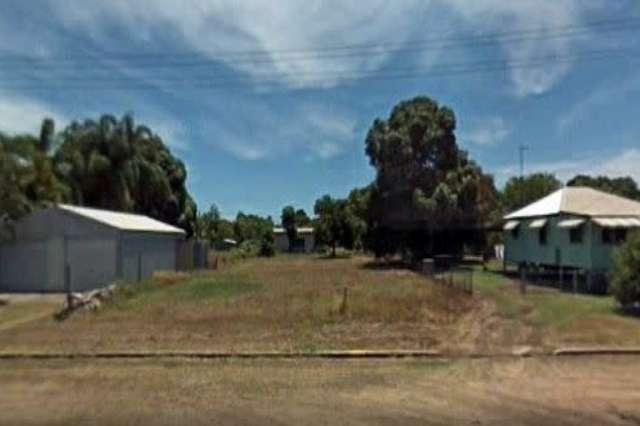 25 Ninth Avenue, Home Hill QLD 4806