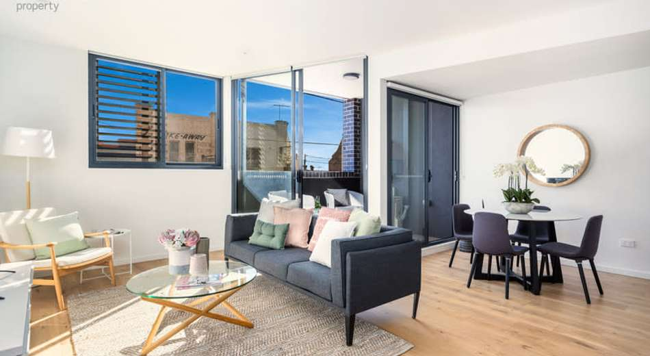 106/294 Forest Road