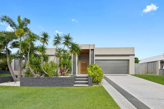 15 Parklands Boulevard, Wondunna QLD 4655
