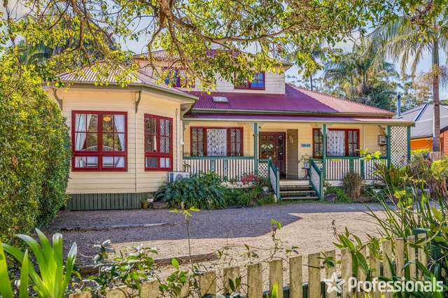 8 Wongawallan Road, Tamborine Mountain QLD 4272