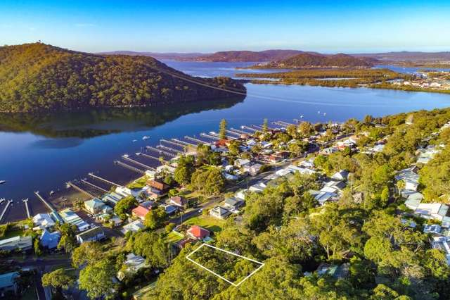 4 Dargo Lane, Woy Woy Bay NSW 2256