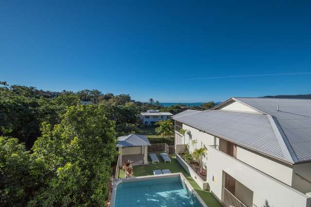 8/14 Waterson Way, Airlie Beach QLD 4802