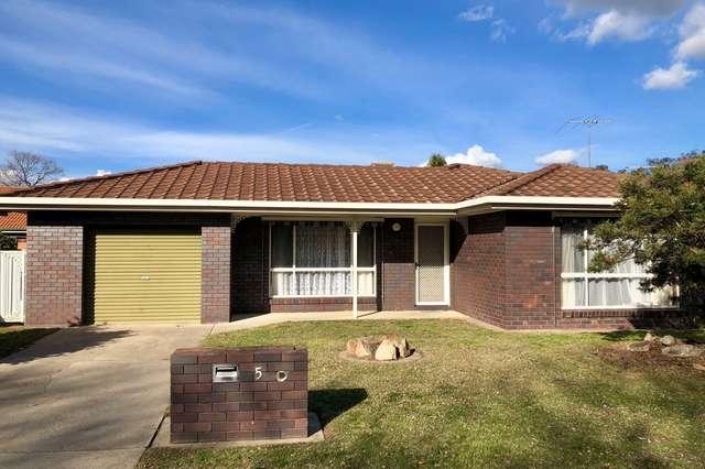 5 Saville Avenue, Lavington NSW 2641