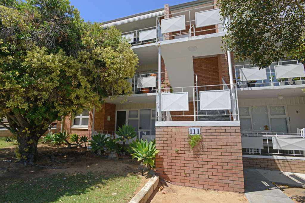 Main view of Homely unit listing, 1/111 Marmion Street, Fremantle, WA 6160