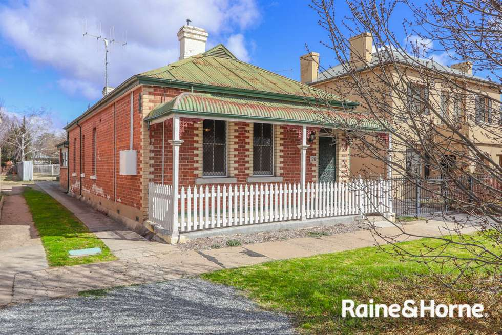 176 Piper Street, Bathurst NSW 2795