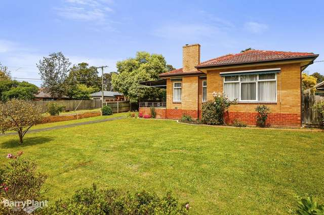 126 Eastfield Road, Croydon South VIC 3136