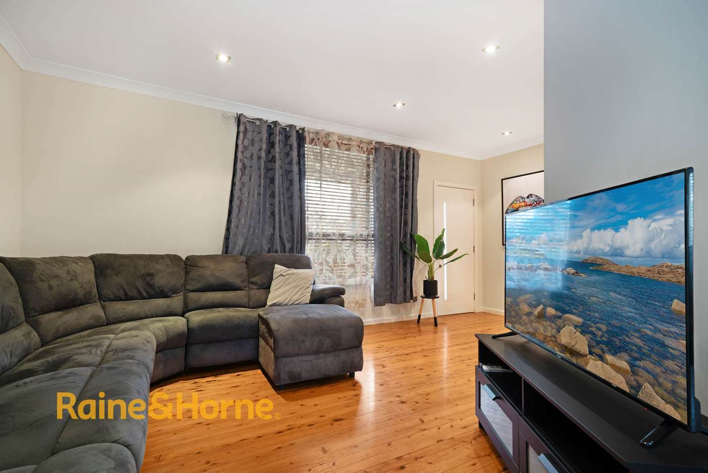 Sixth view of Homely house listing, 20 Elliott Street, Kingswood NSW 2747