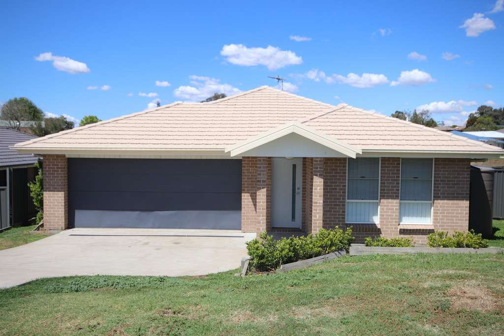 Main view of Homely house listing, 92 Osborn Avenue, Muswellbrook, NSW 2333