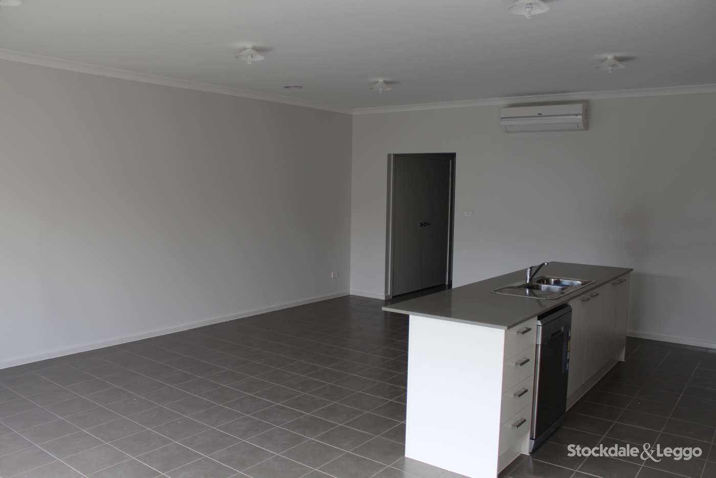 Seventh view of Homely house listing, 2/2 Butcher Crescent, Laverton VIC 3028