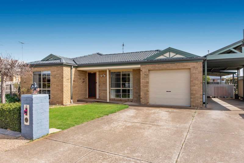 Main view of Homely house listing, 11 Magpie Close, Lara, VIC 3212