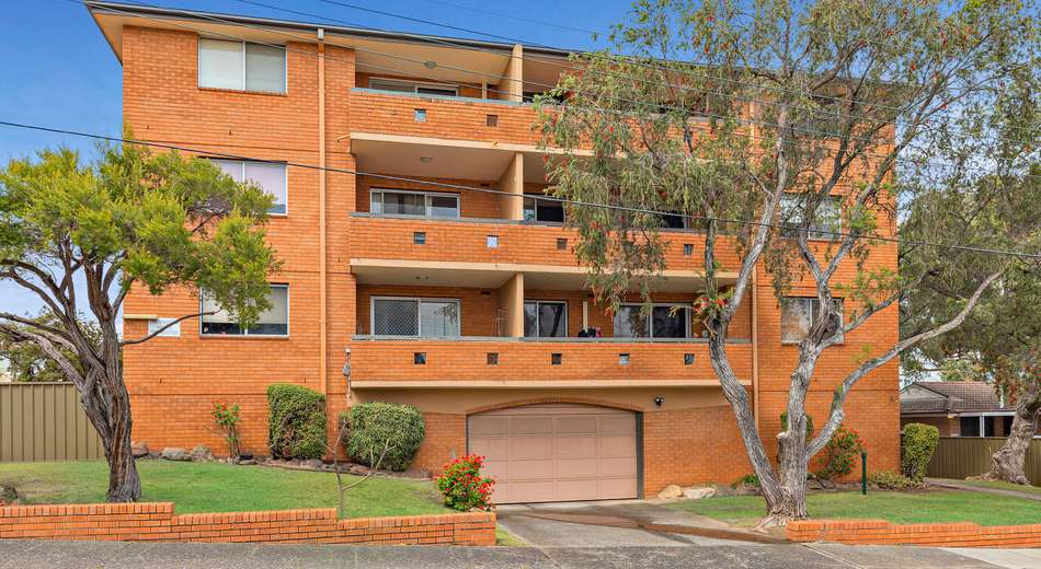 4/2A Carlyle Street