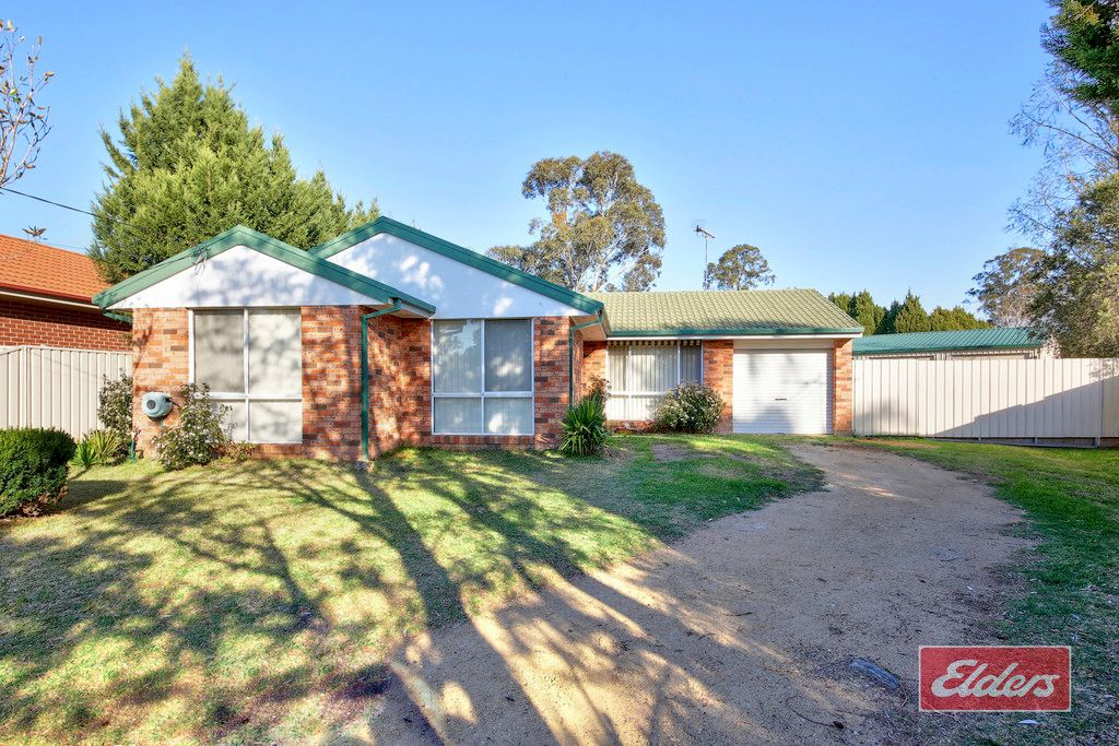 14 PHILLIPA PLACE