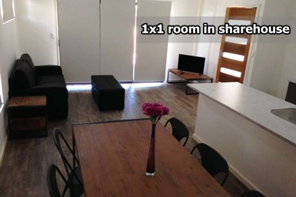 Room 2, 22 Nishioka Way