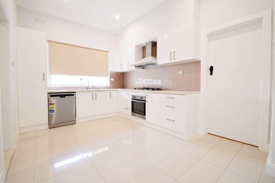 Main view of Homely house listing, 660 North Road, Ormond, VIC 3204