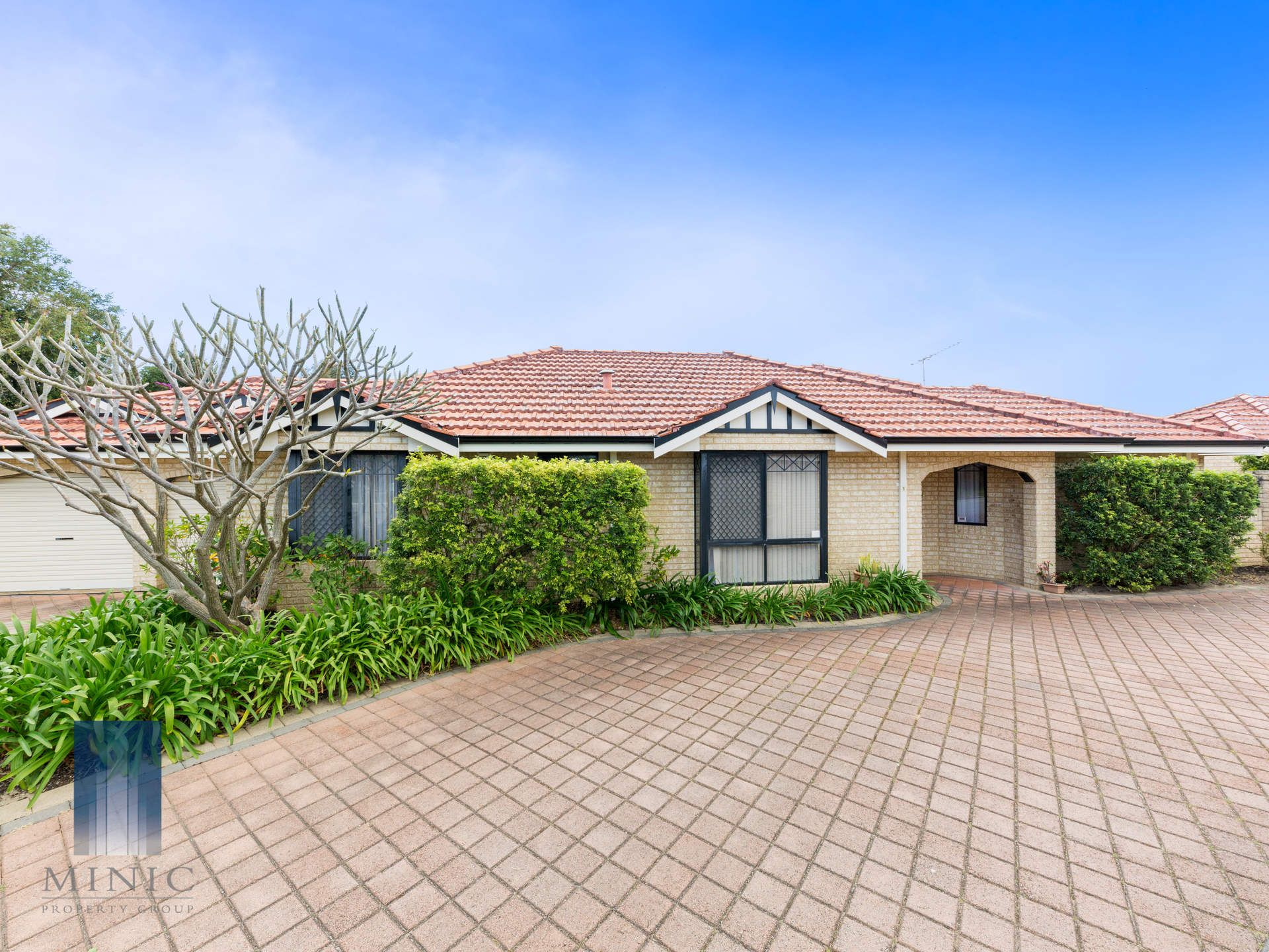 1/7 Anona Place