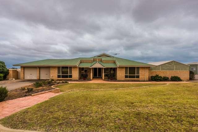 18 Sexton Drive, Moresby WA 6530
