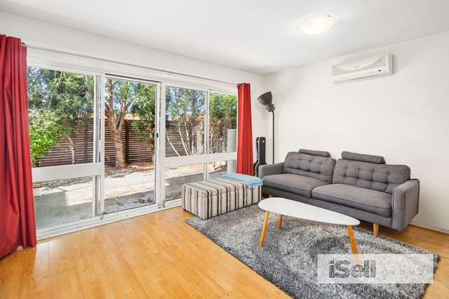 2/135-145 Athol Road, Springvale South VIC 3172