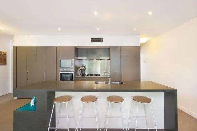 Main view of Homely apartment listing, U2 / 5 Alexandra Street, Paddington, QLD 4064