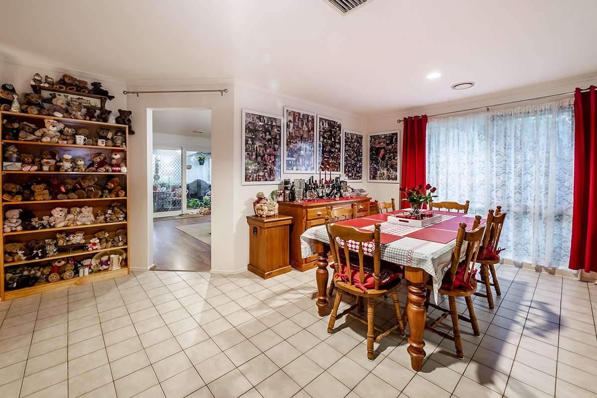 Main view of Homely house listing, 10 Godwin Crescent, Cranbourne North, VIC 3977