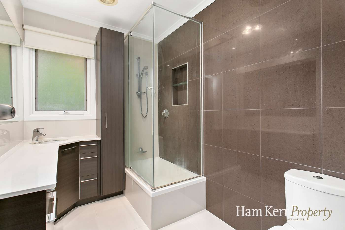 Sixth view of Homely house listing, 5 Padua Court, Glen Waverley VIC 3150