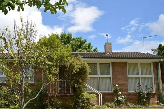 31 Macalister Crescent, Curtin ACT 2605