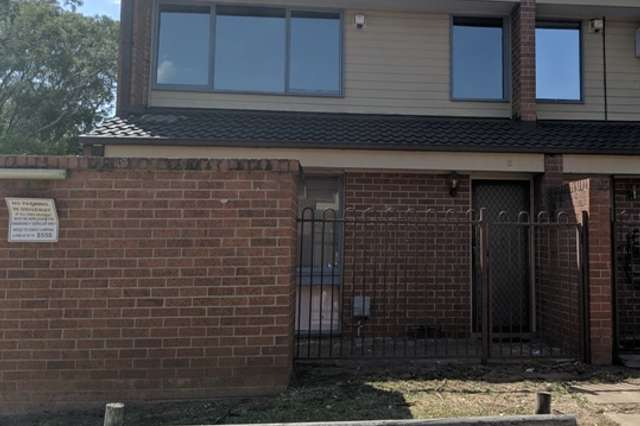 2/15-19 Fourth Avenue, Macquarie Fields NSW 2564