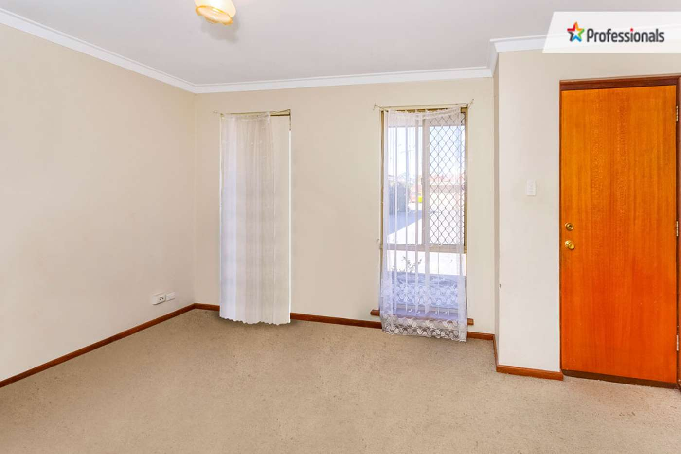 Sixth view of Homely villa listing, 8/13 Chich Place, Cannington WA 6107