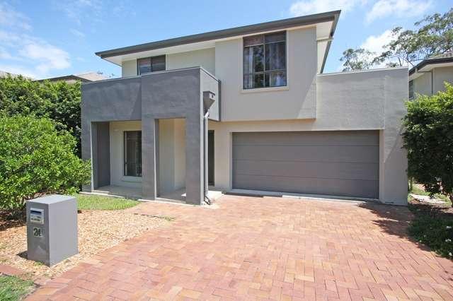 24 Lockwood Place, Molendinar QLD 4214