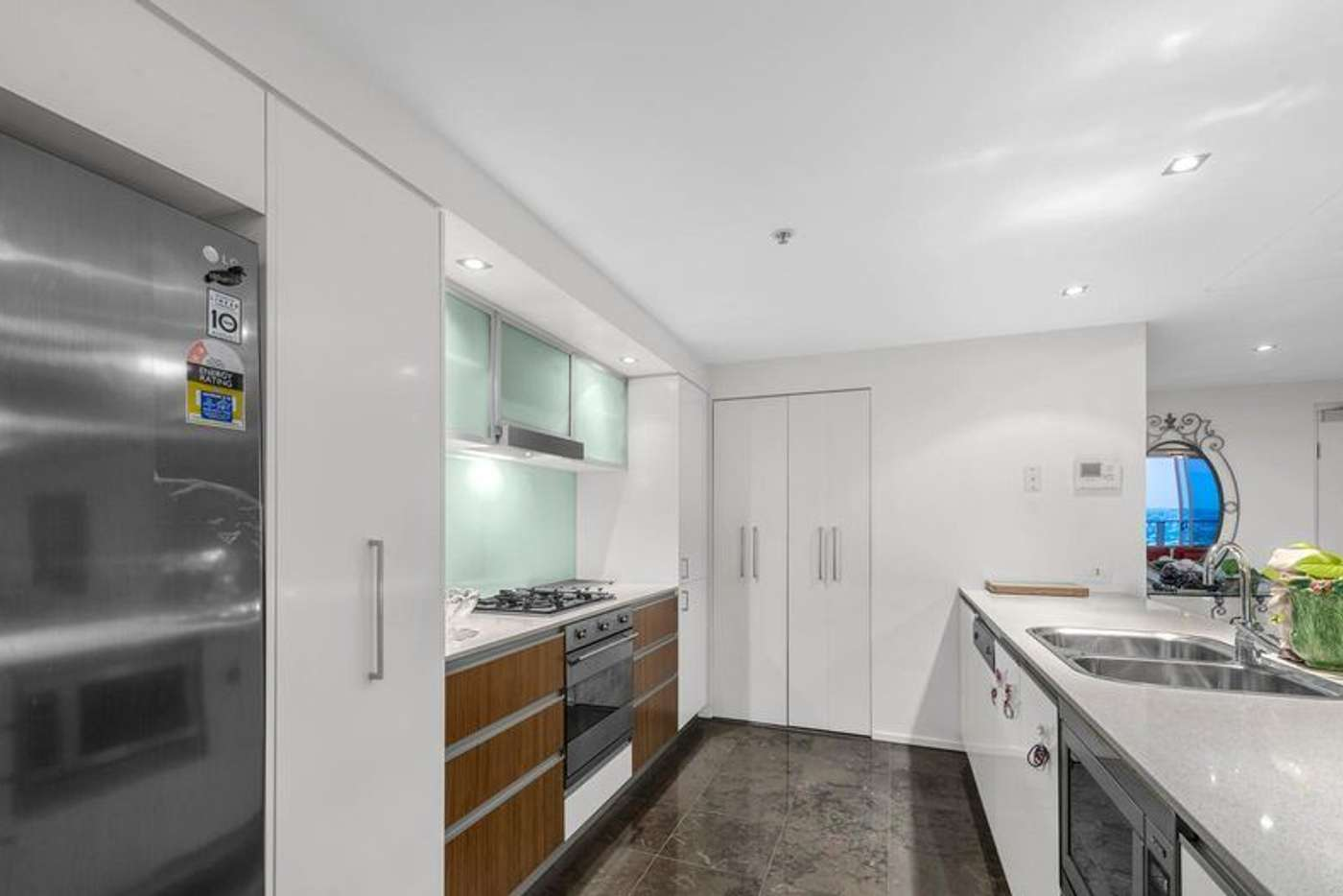 Sixth view of Homely apartment listing, 412/30 Macrossan Street, Brisbane City QLD 4000