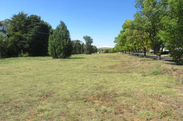 . WANGIE ST, Cooma NSW 2630