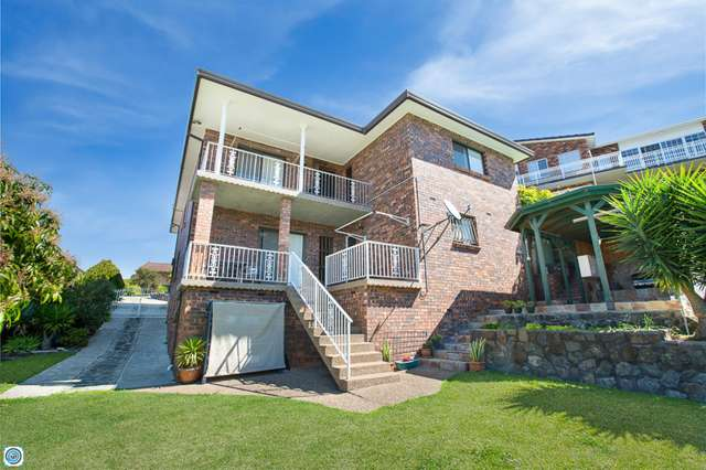 102 Derribong Drive, Cordeaux Heights NSW 2526