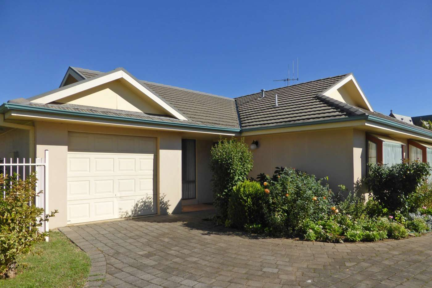 Main view of Homely unit listing, 1 / 70a Byng Street, Orange NSW 2800