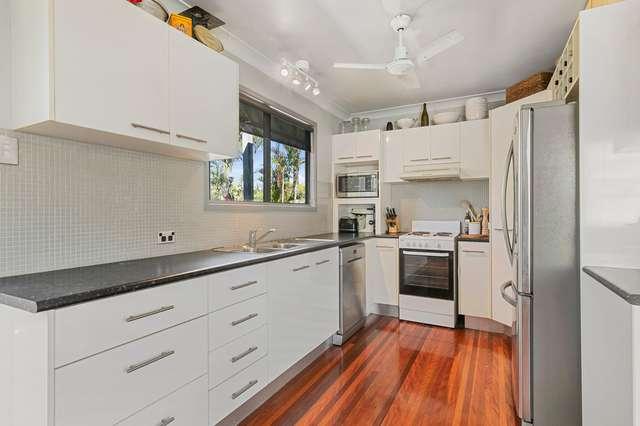 17 KENMAR STREET, Wynnum West QLD 4178