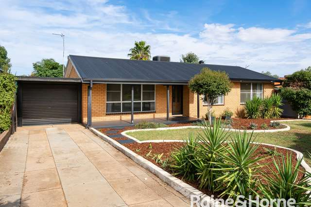 252 Fernleigh Road, Ashmont NSW 2650
