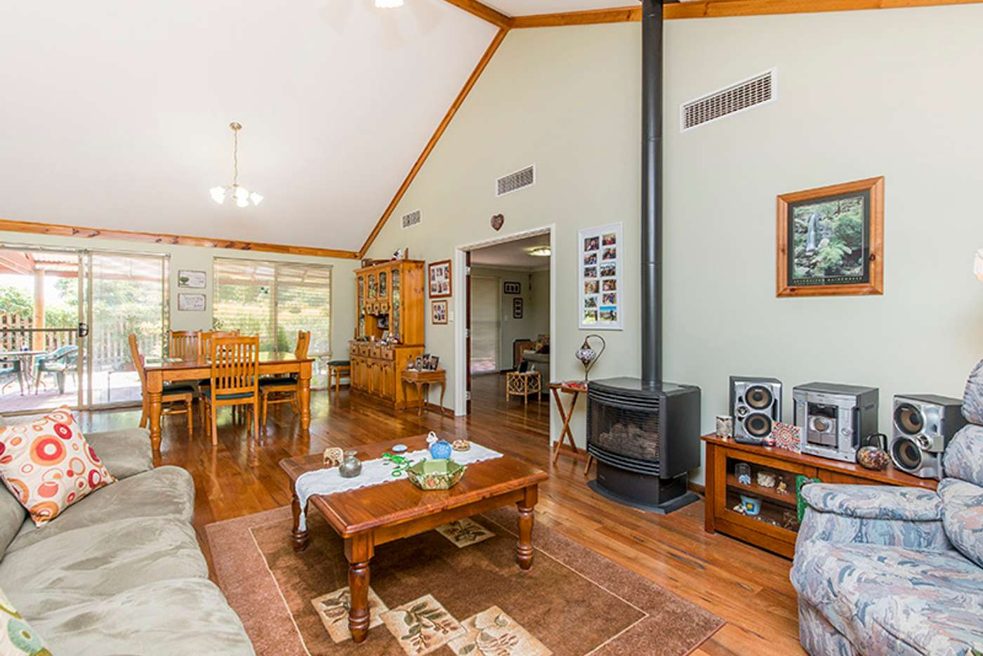 Seventh view of Homely house listing, 1 Cook Close, Jarrahdale WA 6124