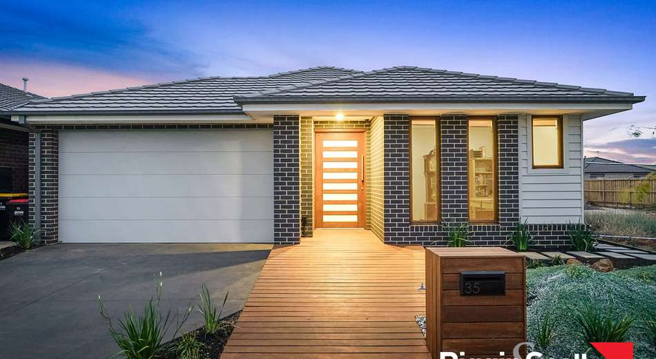 35 Somerset Road, Rockbank VIC 3335