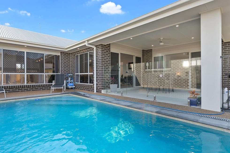 Second view of Homely house listing, 7 Regatta Court, Pialba QLD 4655