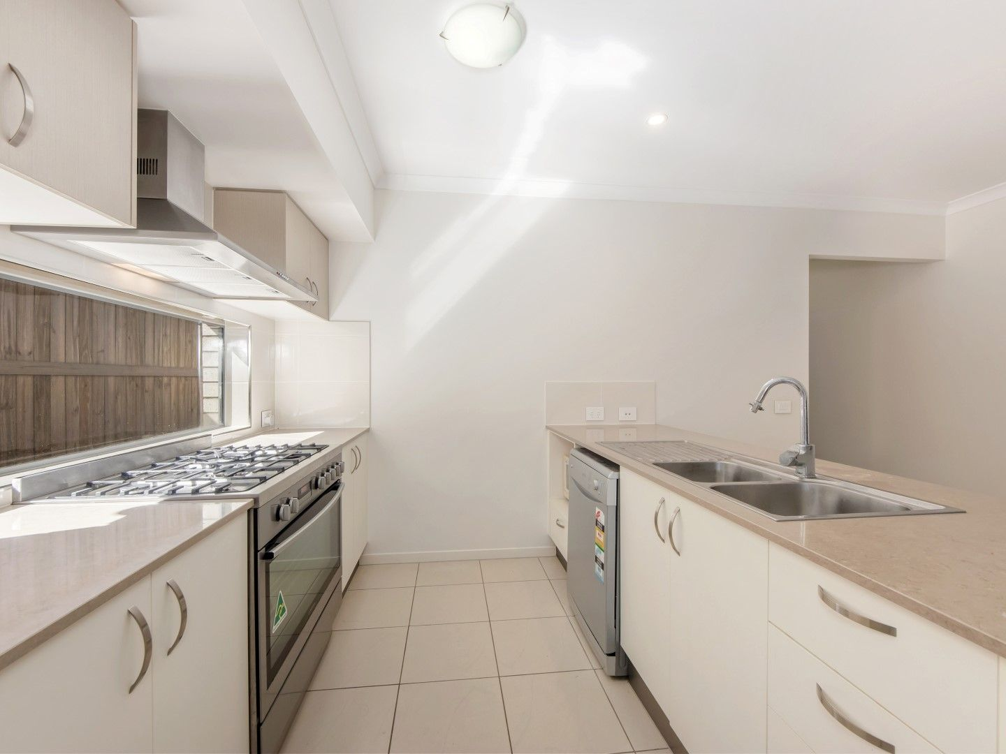10 Brushbox Street