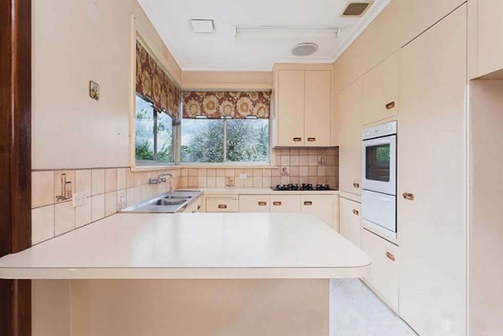 Fifth view of Homely house listing, 7 Tomar Court, Cheltenham VIC 3192