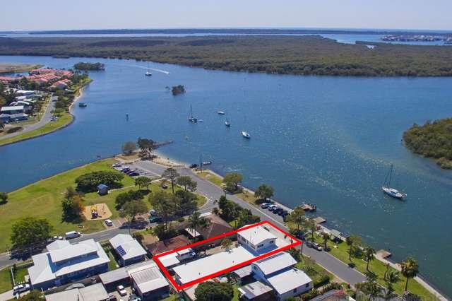 68 Boykambil Esplanade South, Hope Island QLD 4212
